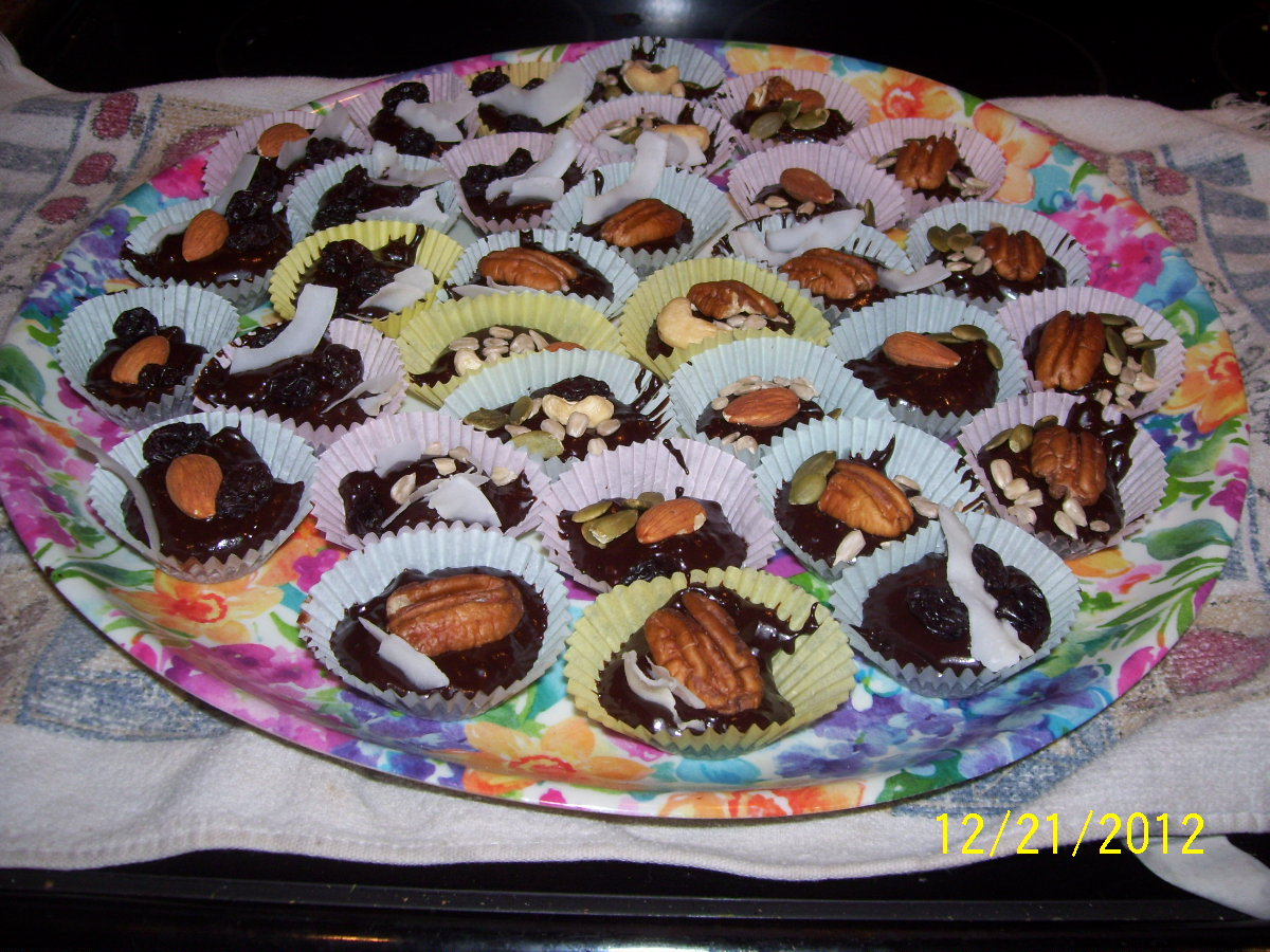 Raw Uncooking Chocolate Candy Cups 002