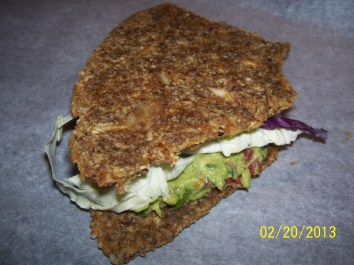 RAW Onion Sandwich w/Guacamole